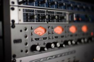 Universal Audio Mikrofonvorverstärker, Foto: Sebastian Gerhard